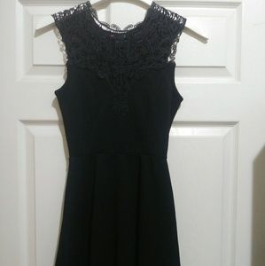 Delixious black formal dress